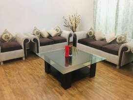 9 Seater Velvet Sofa with Table