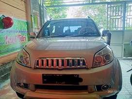 Di jual mobil Rush tahun 2010 bisa nego