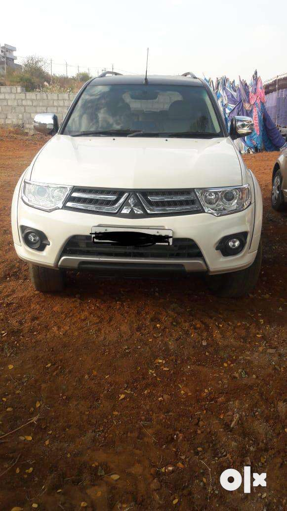 Top end well maintained Pajero sports car for sale 0