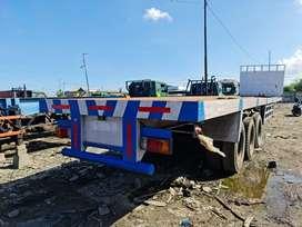 Jual gandengan ekor trailer / head tractor 45 feet lantai 3 axcel