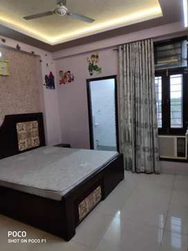 3 BHK flat for rent main Vaishali only MNC jobs preferred