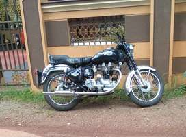 Royal Enfield bullet black 350 old model