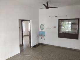 2 BHK Flat available for Bachelors/Family.just 1 km from Lissie Jn.