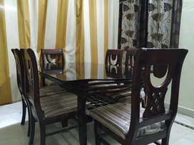 dining table (6seats)