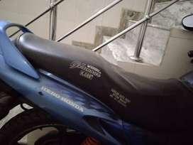 Hero Honda Glamour, Next to Showroom byk, well maintained.