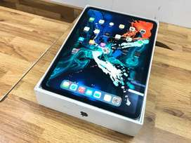 """ipad Pro 11"""" Brand new condition 64gb one month shop warranty"""