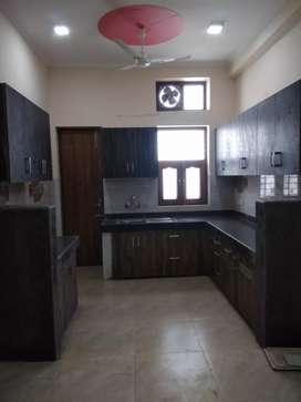 2 BHK NEWLY BUILD FLAT in Sector 9 for family & bachelor