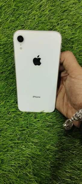 XR 64gb white