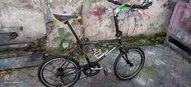 Sepeda model mini velo uk20