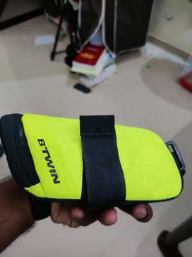 Decathlon Saddle Pouch for cycles