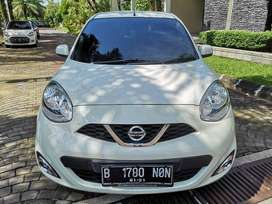 Nissan March AT 2015 km 30rb antik murah