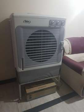 Good condition with warranty and stand