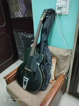 Givson semi electric guitar