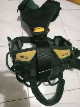 Avao Petzl fullbody harness 2nd
