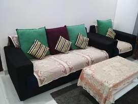 Luxurious Sofa Set