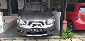 Grand Livina XV AT 2014 Mobil terawat original