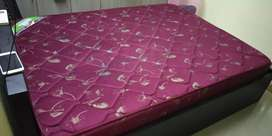 Four months old queen size Mattress for sale!!