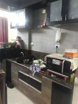 Freniest 2bhk flat out reat in pramukh shases