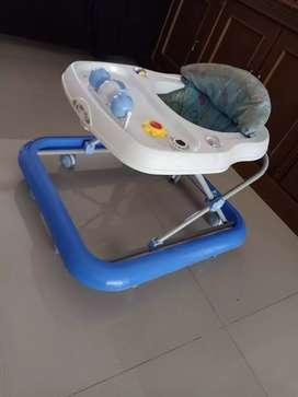 Baby Walker di jual murah