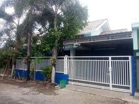 Dijual rumah di Maospati bisa untuk kantor