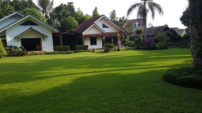 VILLA Bagus Siap Pakai Di Cisarua Puncak Bogor Dekat Hotel Safari