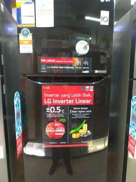 LG Small 2 Door Refrigerator