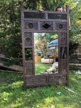 Wall mirror / Screen