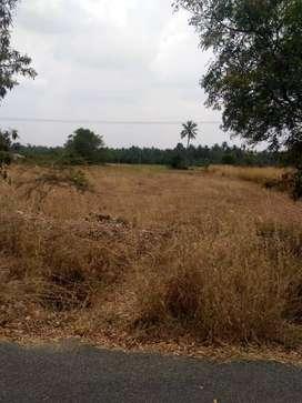 road base land  1.05 acer land sale