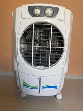 Voltas cooler 45L