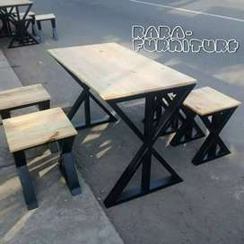 Meja kayu JATI belanda kombinasi besi silang.