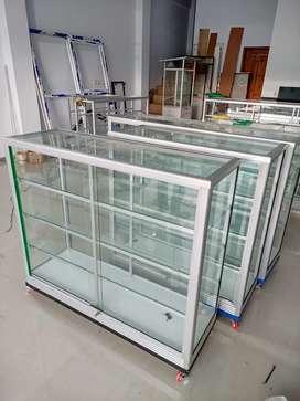 Etalase lemari rak panjang 1, 2 meter toda kunci