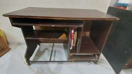 Big computer table in an excellent condition