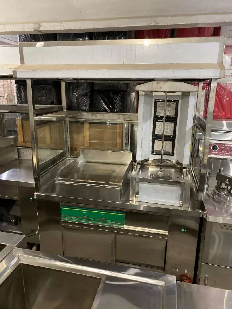 Shawarma Counter with hot Plate we deal pizza oven deep fryer etc 0