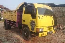 Dum truk mitsubishi Ragasa thn 2002