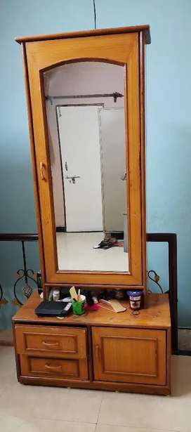 Dressing Table with high quality mirror