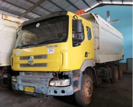 dump truck tronton 2012