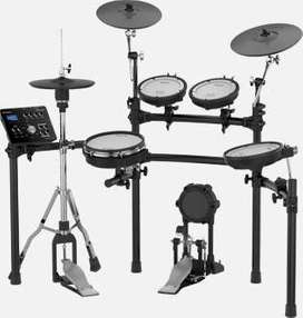 Roland TD-25K Professional Electronic Drumset in new condition