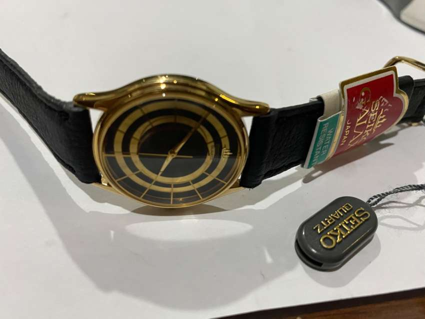 RARE SLIM SEIKO 1980's GENTS GOLD PLATED WATCH,NEW OLD STOCK