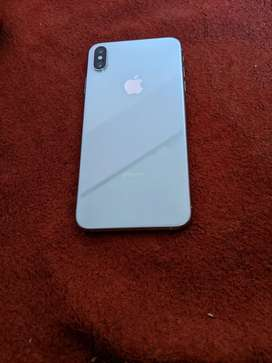 iPhone Xs max 256gb silver color full kit available
