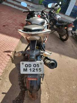 Yamaha r15..Urgent sale..only serious buyers