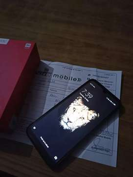 Redmi Y3 In One hand mobile 3 GB, 32GB