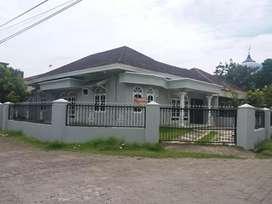 Dijual Rumah Huni Samping Masjid