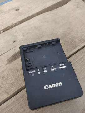 Canon Orignal Betry & charger