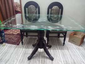 4seater glass top new cloth n new polish