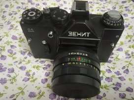 Zennith 35 mm film camera