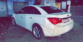 White cruze in new condition fully loaded