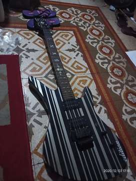 Gitar listrik Schecter synister custom