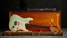 Fender Deluxe Strat Tom DeLonge Signature Surf Green