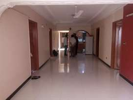 4 bed dd flat for Rent