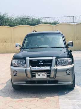 Pajero Black imported made in japan